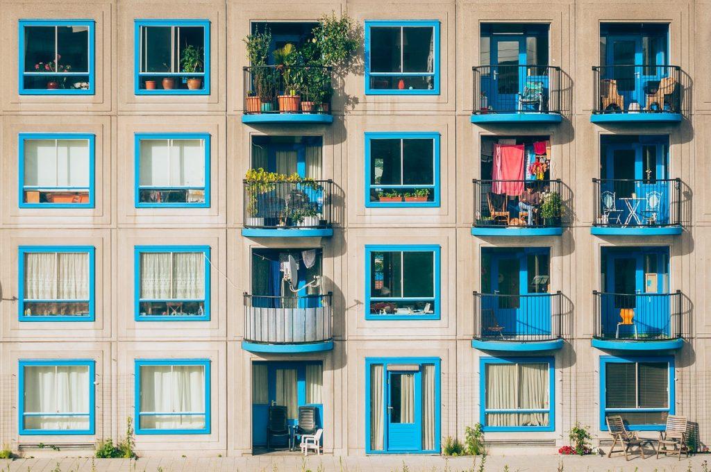 דירות מרפסת כחולה