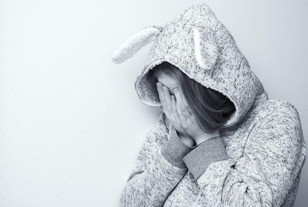 אישה עצובה