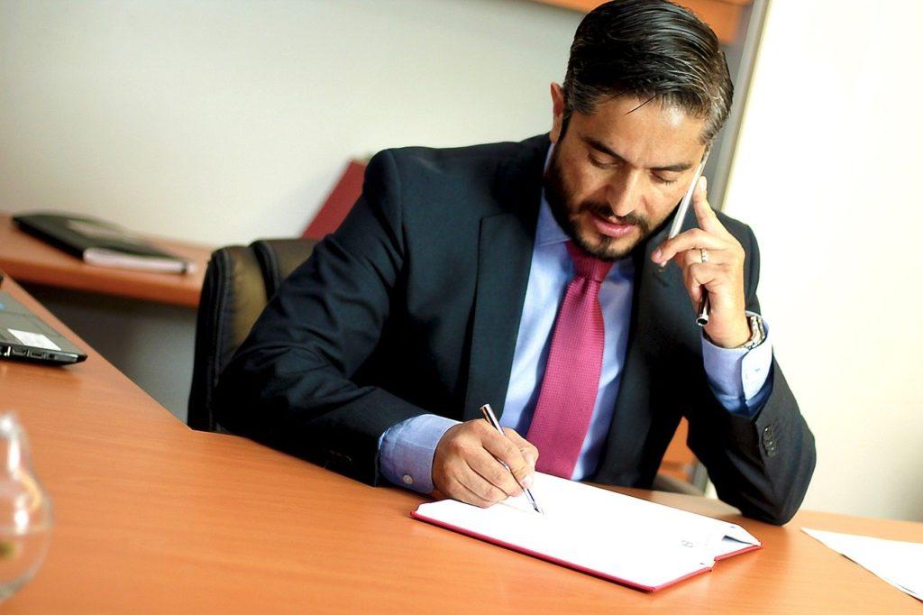 עורך דין עסוק