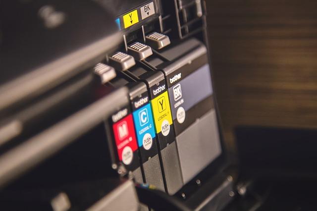 אילו בעלי מקצוע צריכים הדפסה על PVC