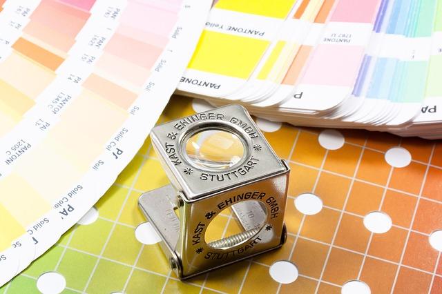 מגוון שימושים להדפסה על PVC